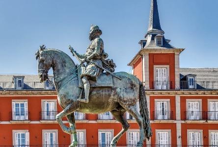 Luna Llena crítica en Madrid
